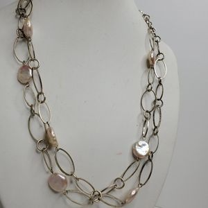 Jewelry - Pale Pink Freshwater Pearl Silver Loop Necklace